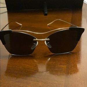 Worn once Prada sunglasses